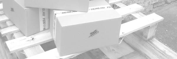 Csere dobozok vannak a képen raceface webshop